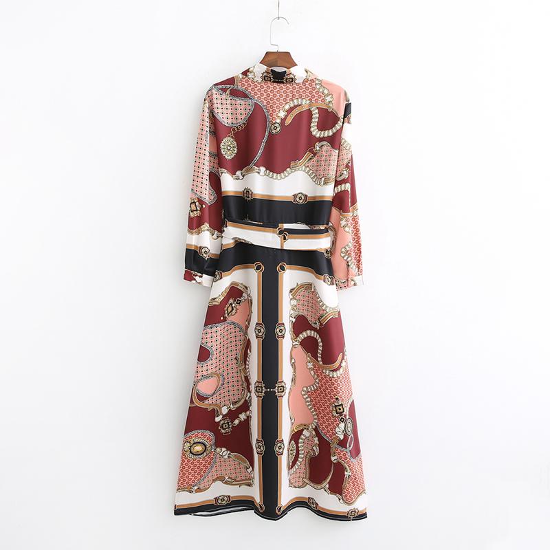 Klozzet-boutique-muslimah-blouse-malaysia-pagoh-daphne-long_blouse-02